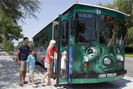 Planning an Orlando vacation? I-Ride Trolley utilizes latest technology to transport visitors along tourist corridor